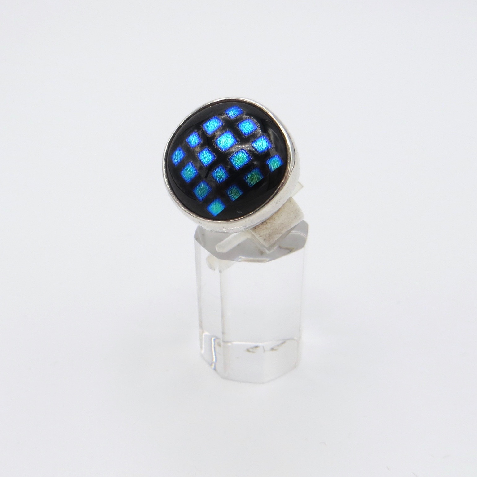 Silver Ring with Blue Diamond Pattern
