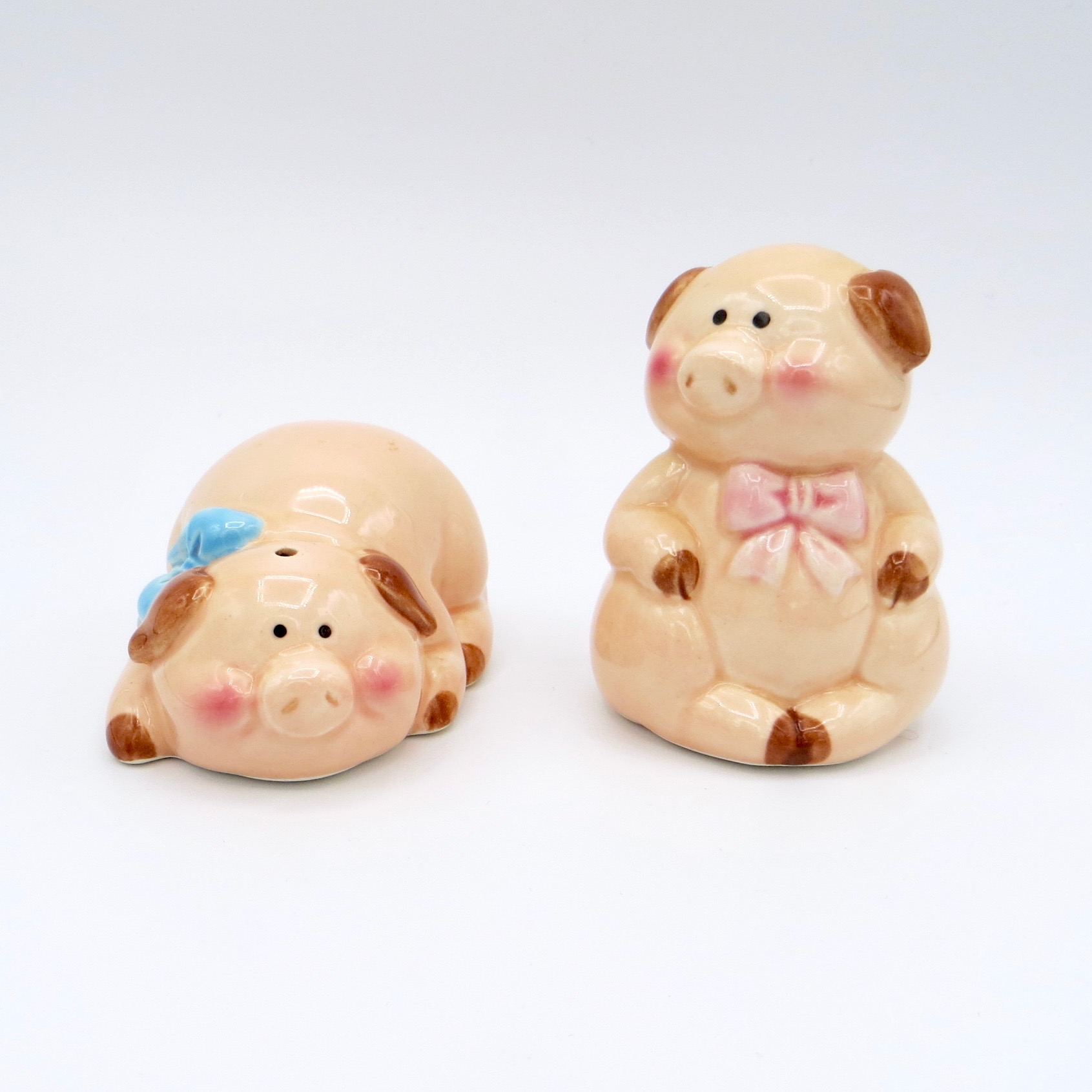 Twin Pigs Salt & Pepper