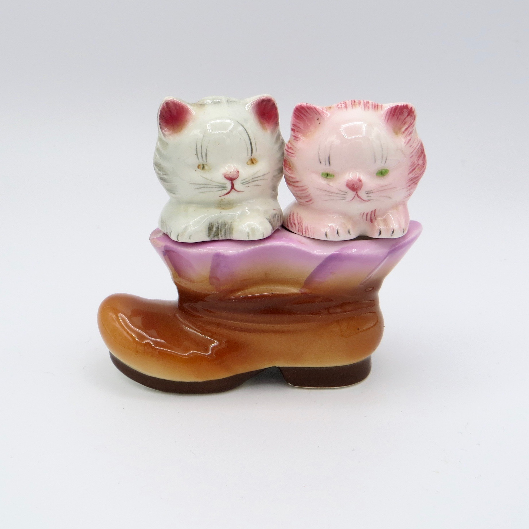 Kittens in a Boot Salt & Pepper