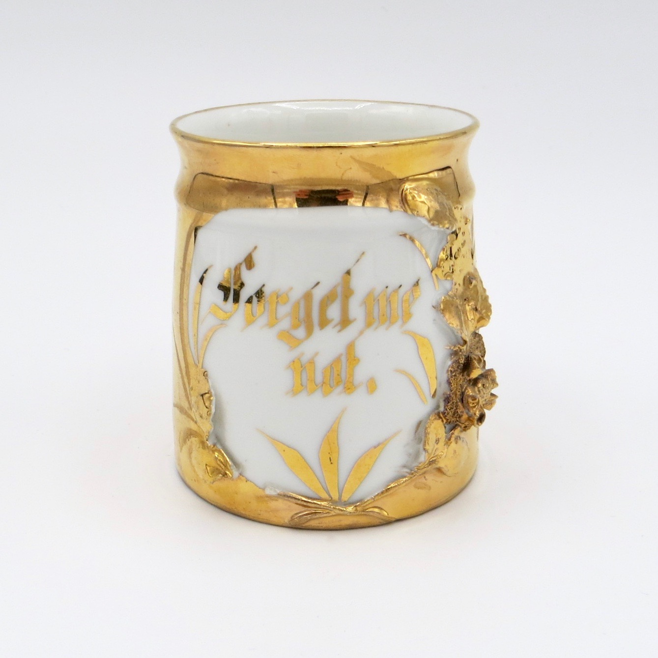 "Gold & White ""Forget Me Not"" Mug"