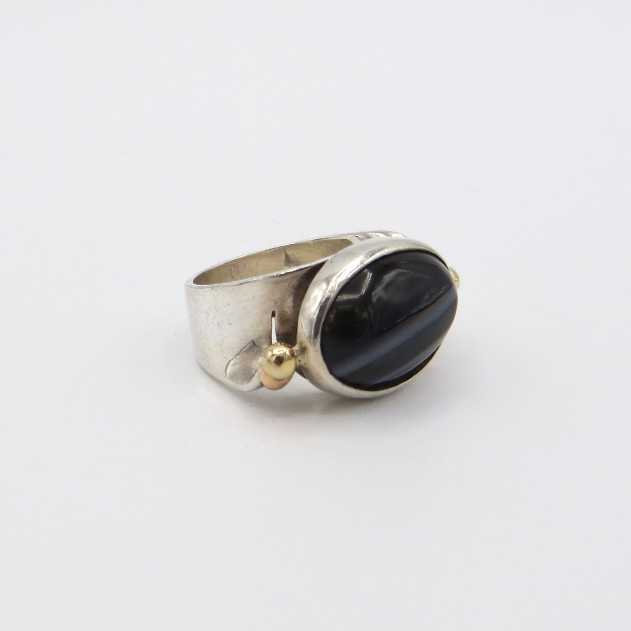 Silver, 14kt Gold & Agate Ring