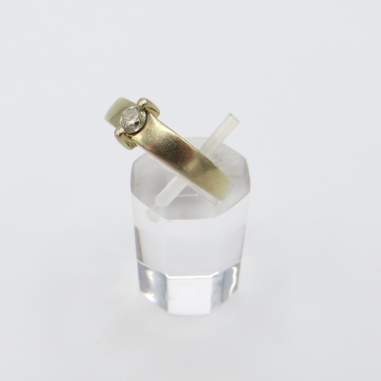 14kt Gold & Diamond Ring