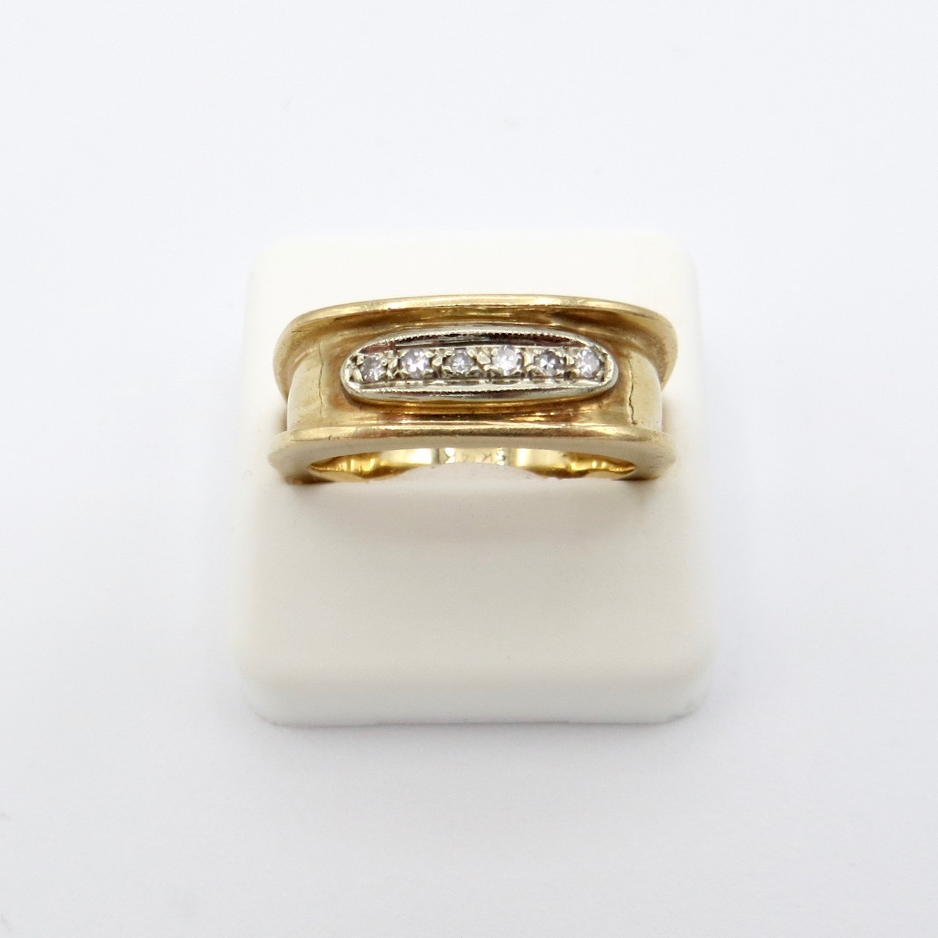Square 14kt Gold & Diamond Ring