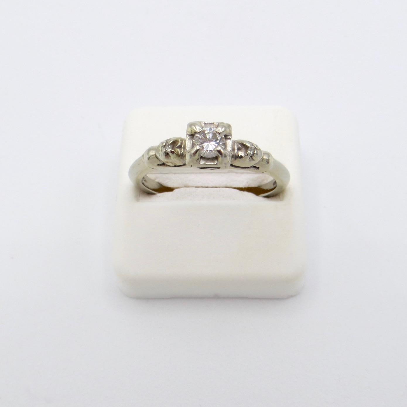 18kt Gold & Diamond Trinity Ring