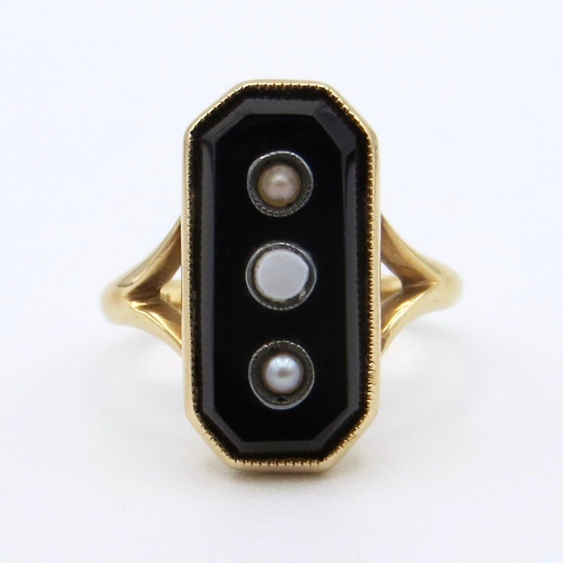 14kt Gold Ring with Onyx, Opal and Pearl