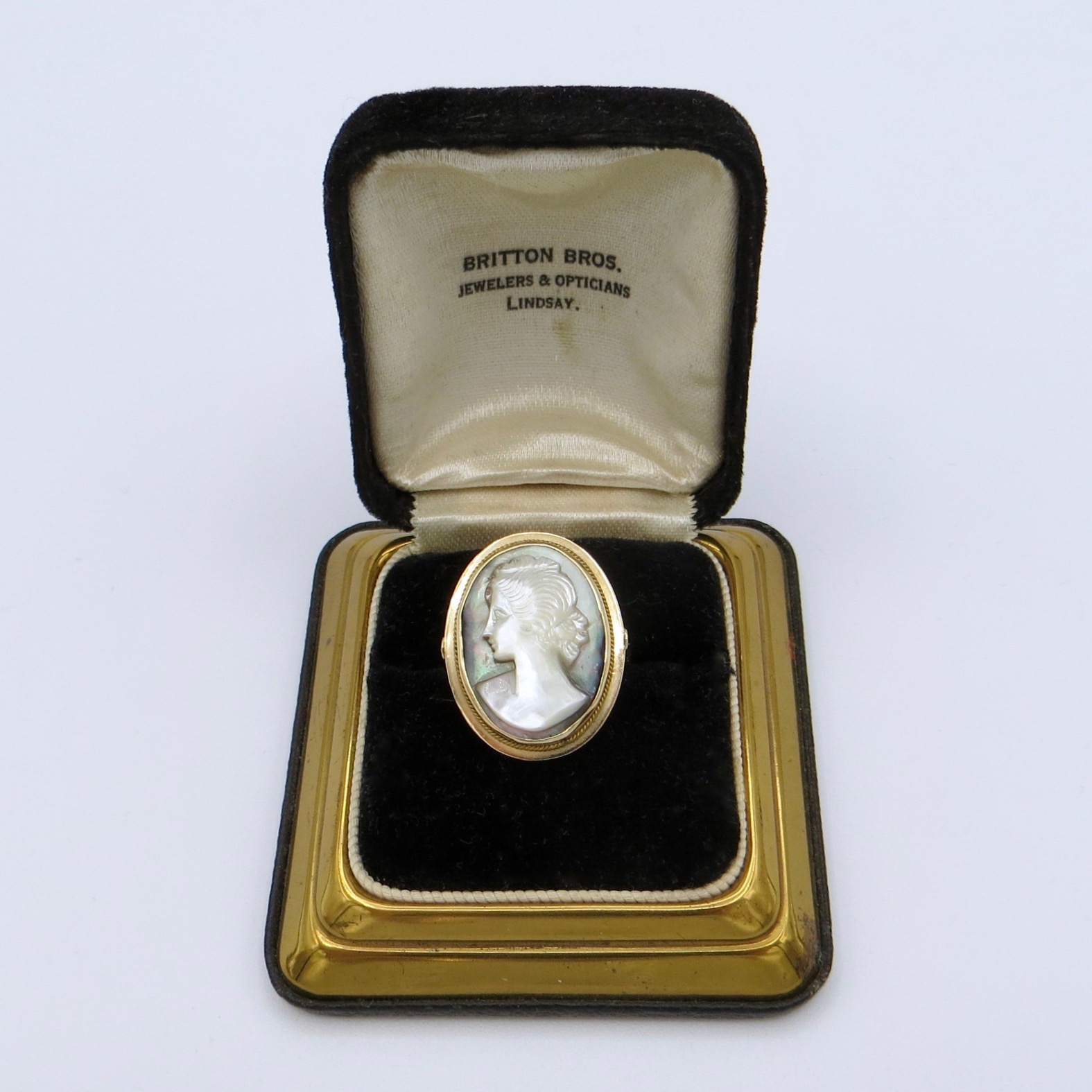 14kt Abalone Cameo Ring