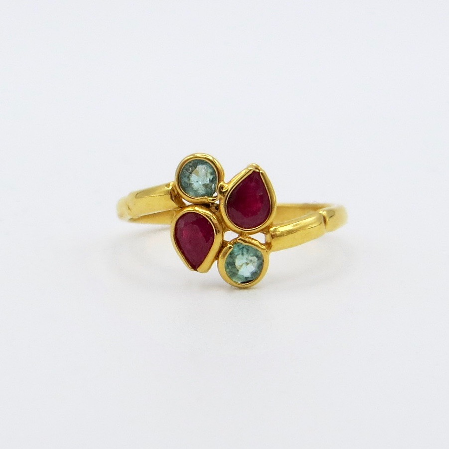 Emerald & Ruby Clover Ring