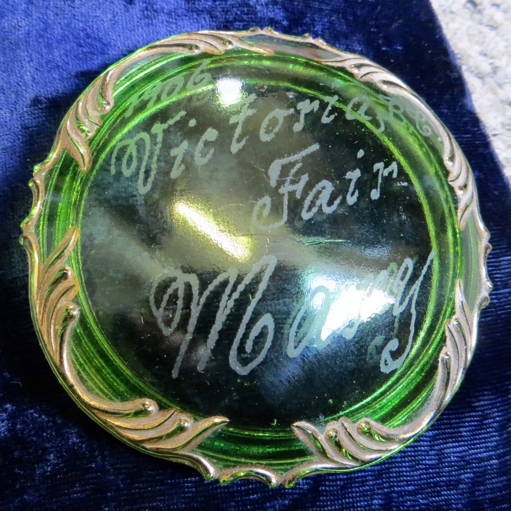 Victoria, B.C. Fair Glass Souvenir Box