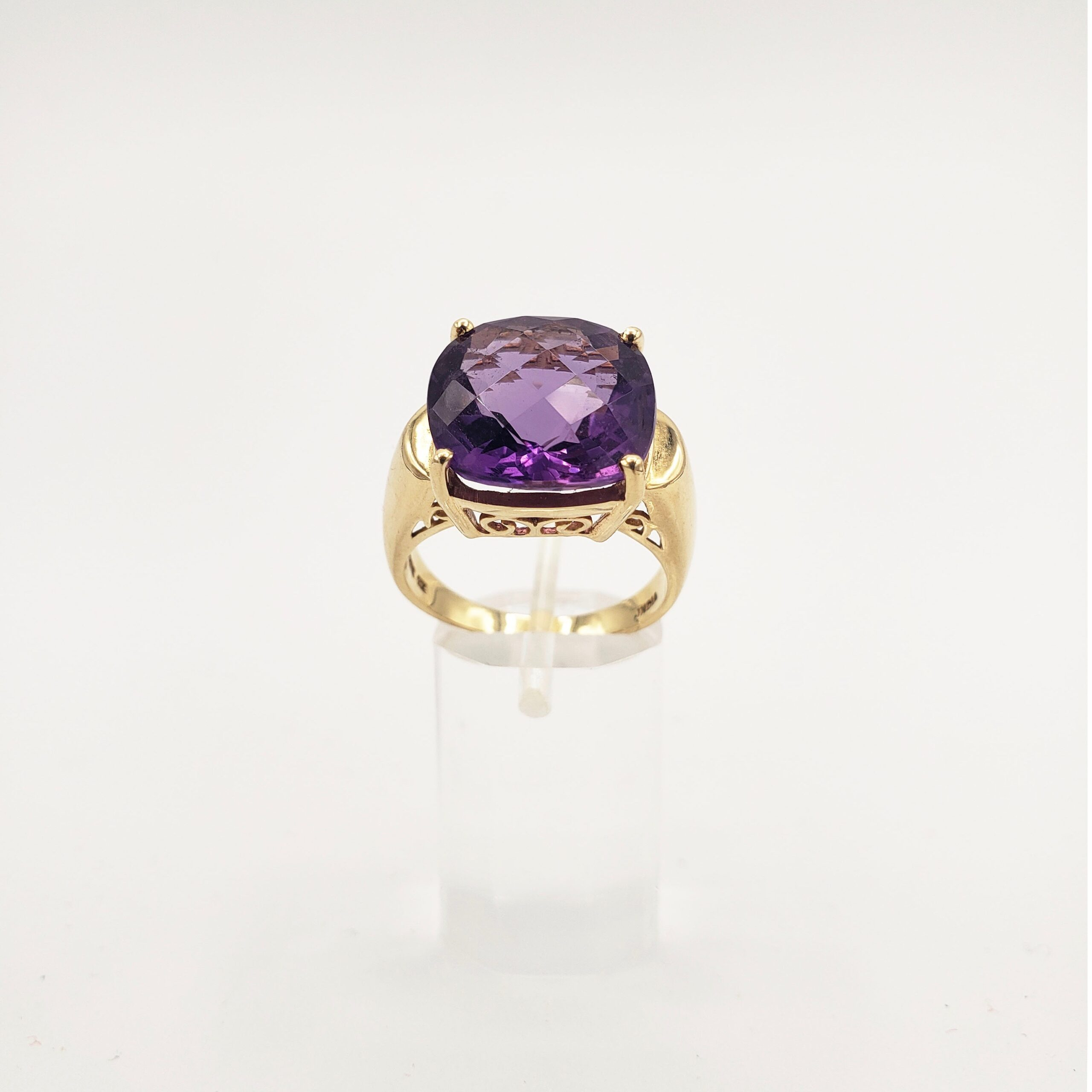 14kt Gold & Faceted Amethyst Ring