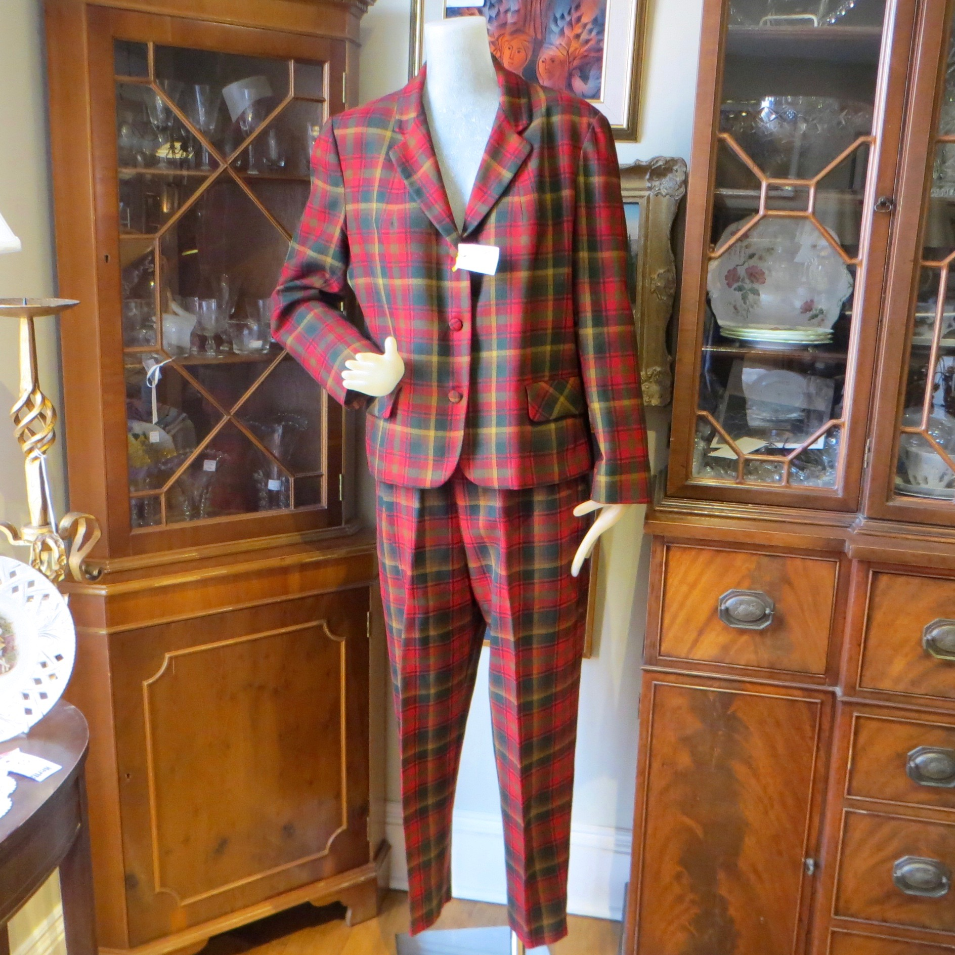 Highland Queen 1950s Plaid Suit