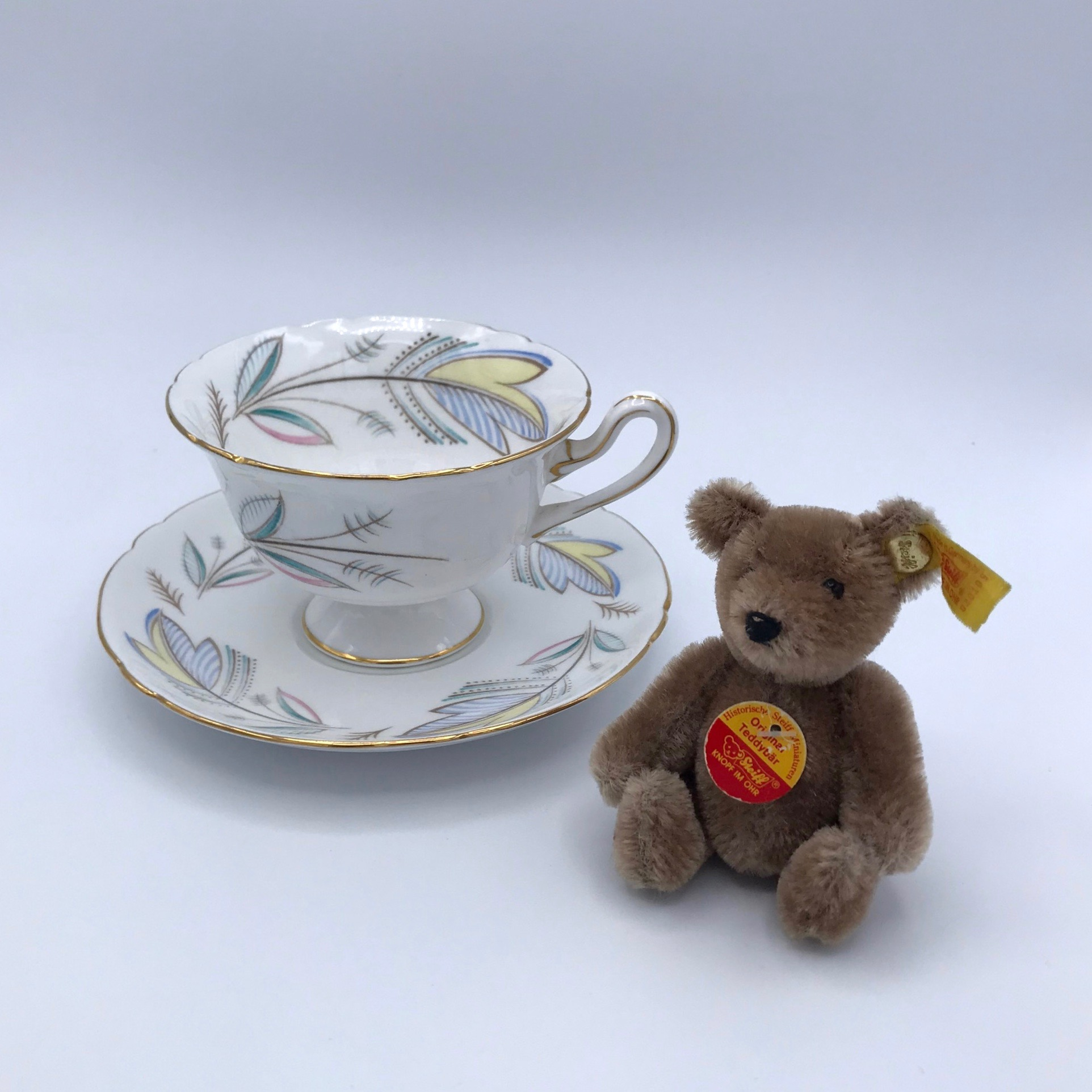 """Shelley """"Caprice"""" Cup & Saucer"""