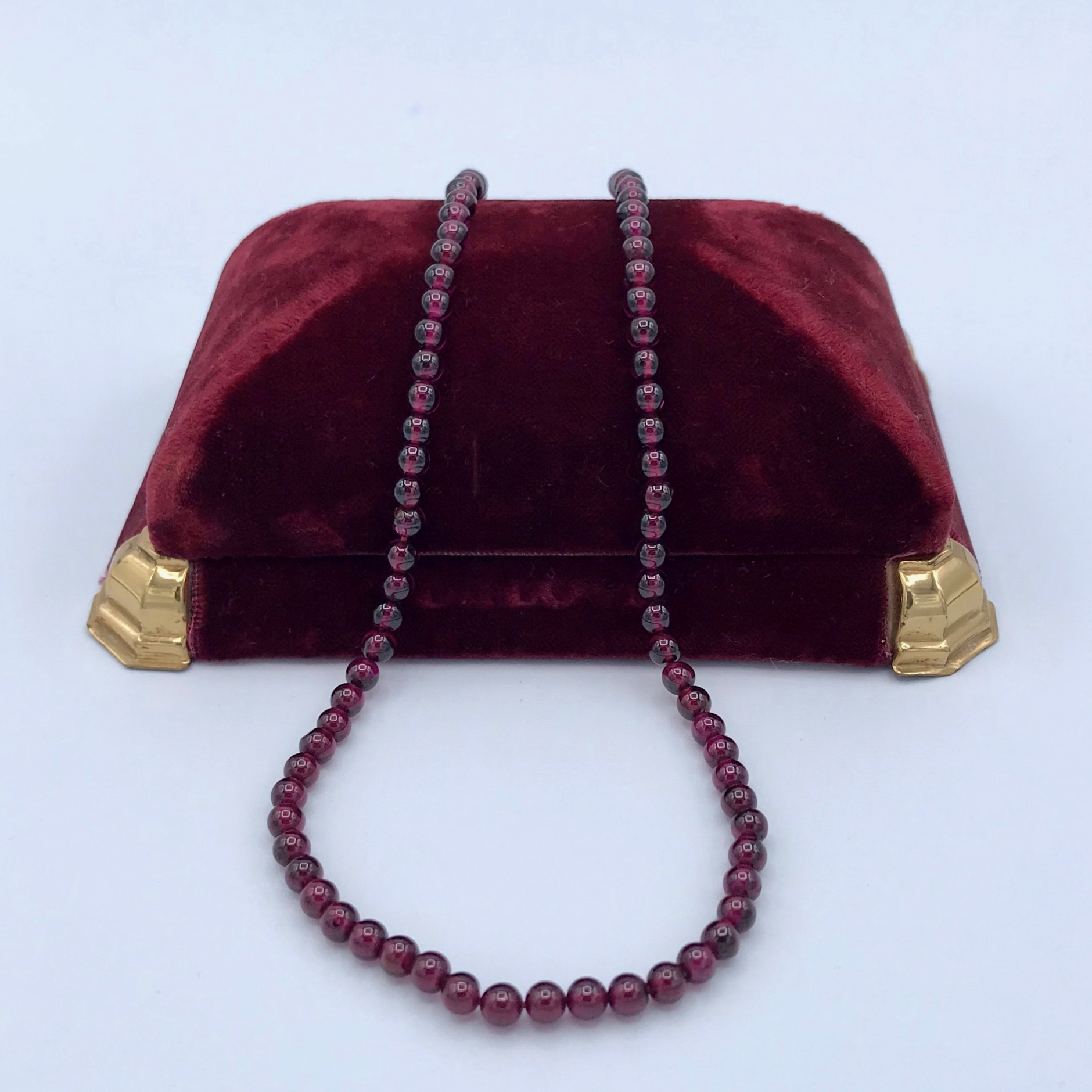 Garnet Beads - Short