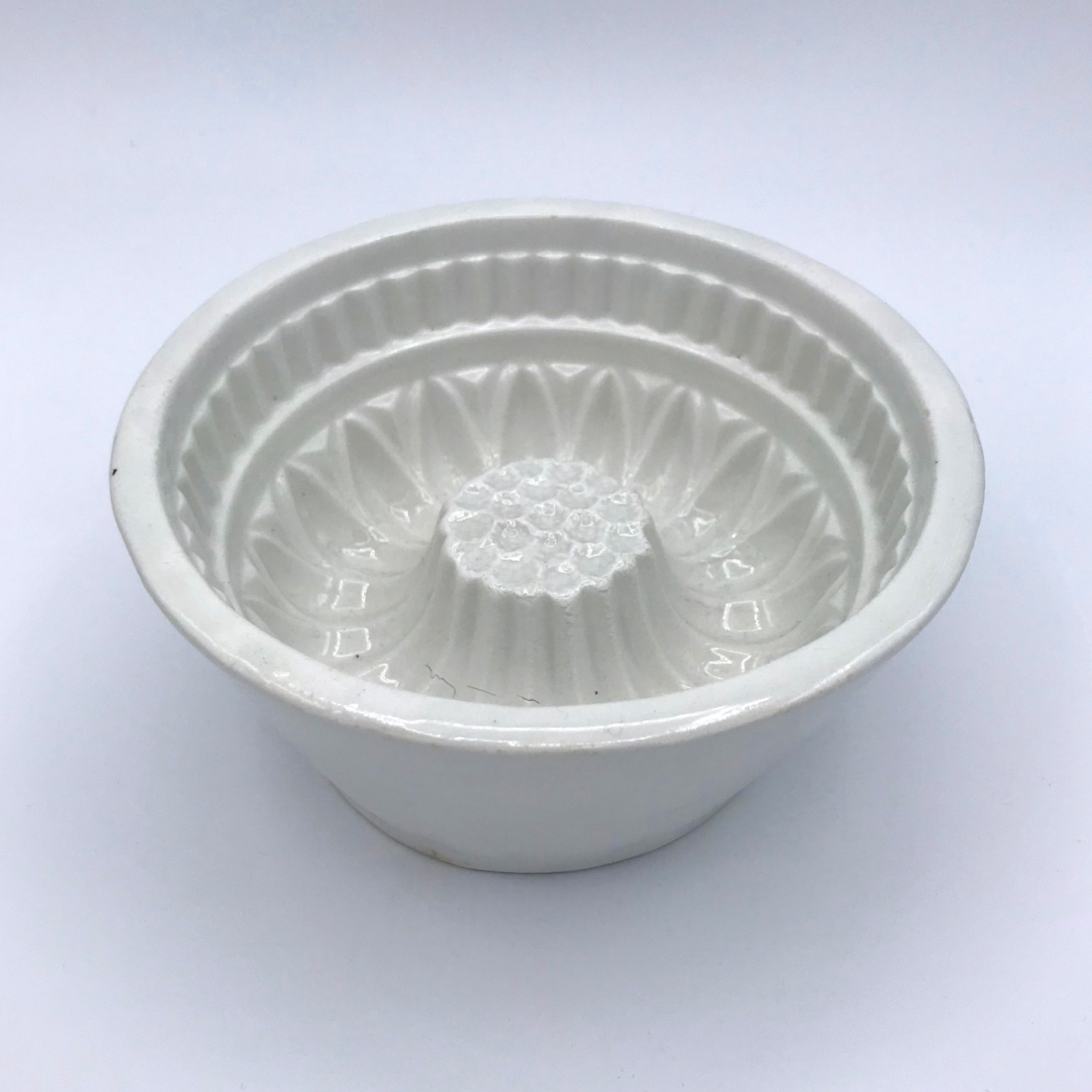 Circular Ironstone Jelly Mould