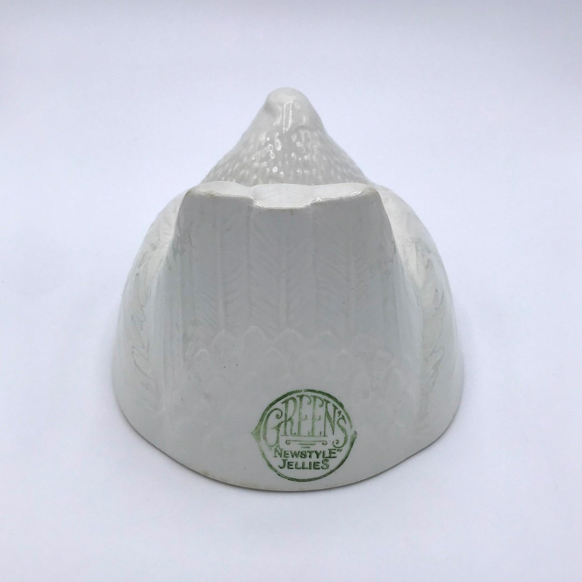 Vintage Hen Jelly Mould