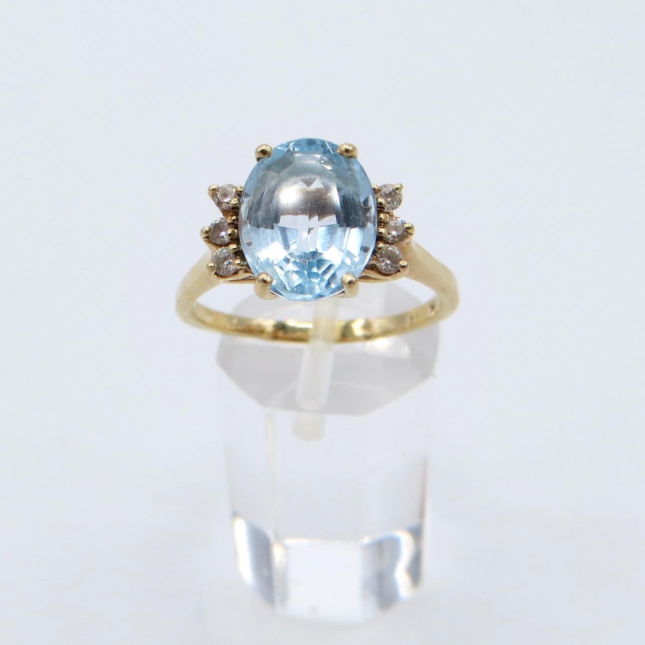 10kt Gold Topaz & Diamond Ring