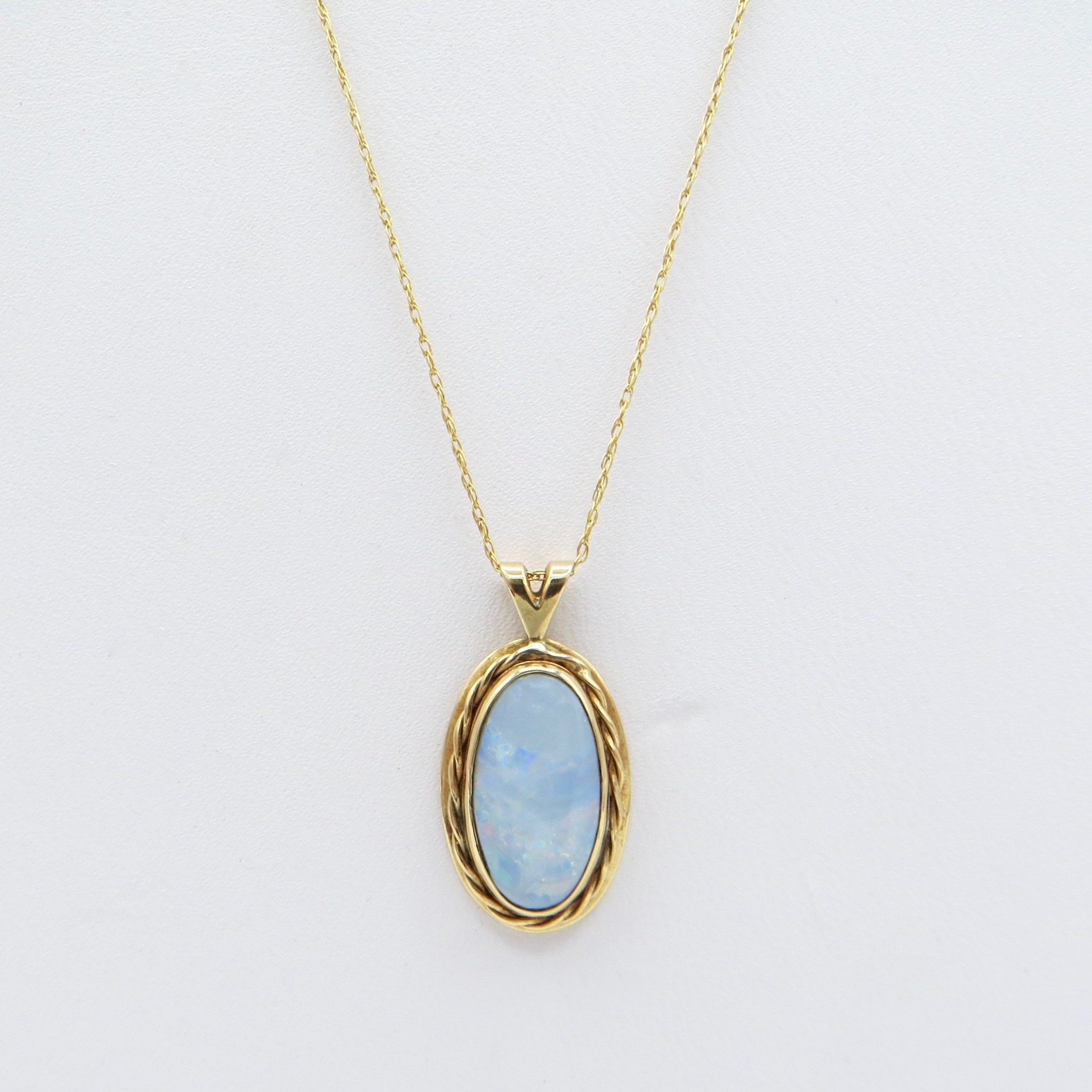 10kt Gold & Opal Necklace