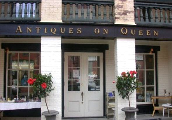 Antiques On Queen Facade