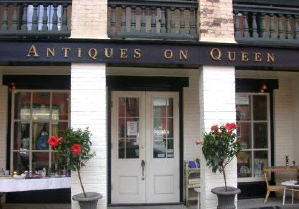 Antiques On Queen Facade